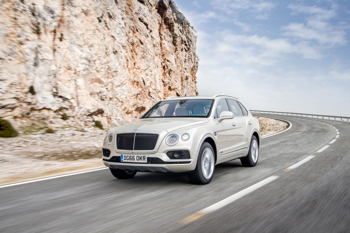 Life With The Fastest SUV. The Bentley Bentayga 3