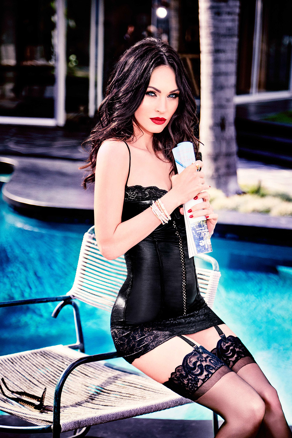 Megan Fox in Frederick's of Hollywood fürs V Magazine 2