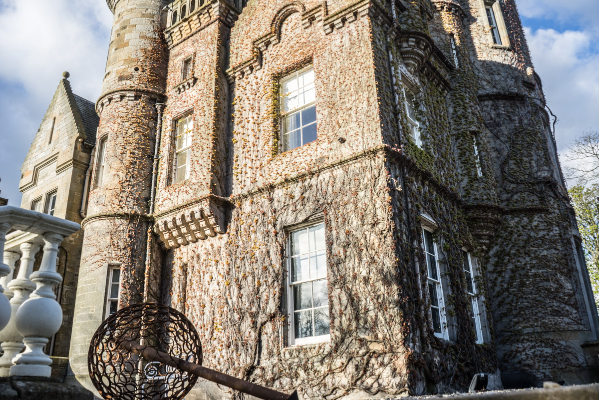 Staying at Carlowrie Castle, Edinburgh 9