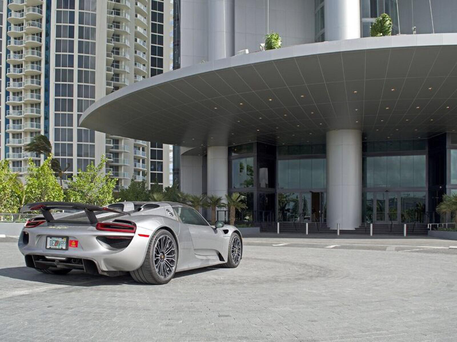 Technologie und luxuriöser Wohnkomfort: Der Porsche Design Tower Miami 5