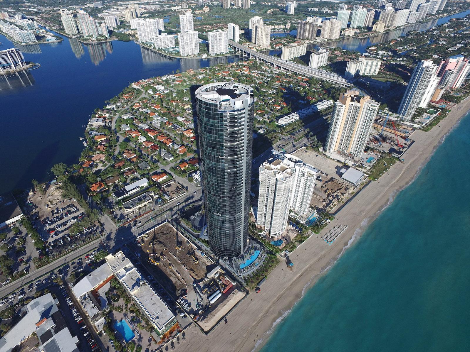 Technologie und luxuriöser Wohnkomfort: Der Porsche Design Tower Miami 1