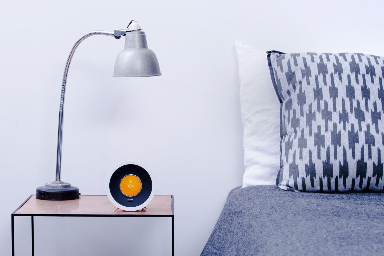 Ja, wecken kann sie Dich auch: Die Bonjour Smart Alarm Clock 2