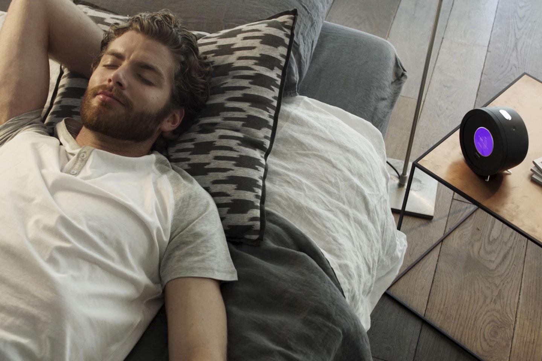 Ja, wecken kann sie Dich auch: Die Bonjour Smart Alarm Clock 4