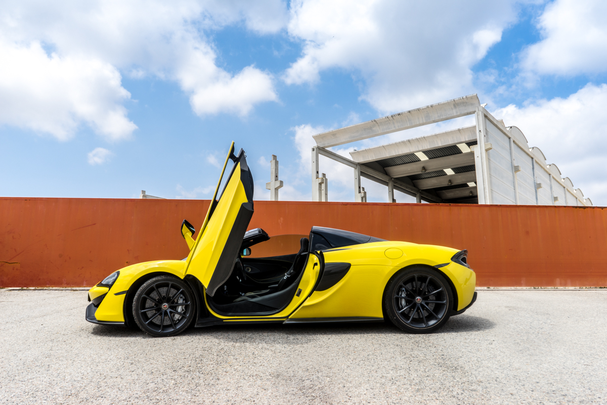 Drive Time With The New McLaren 570S Spider 5