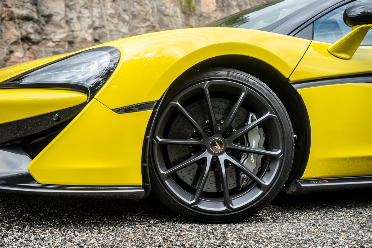 Drive Time With The New McLaren 570S Spider 8