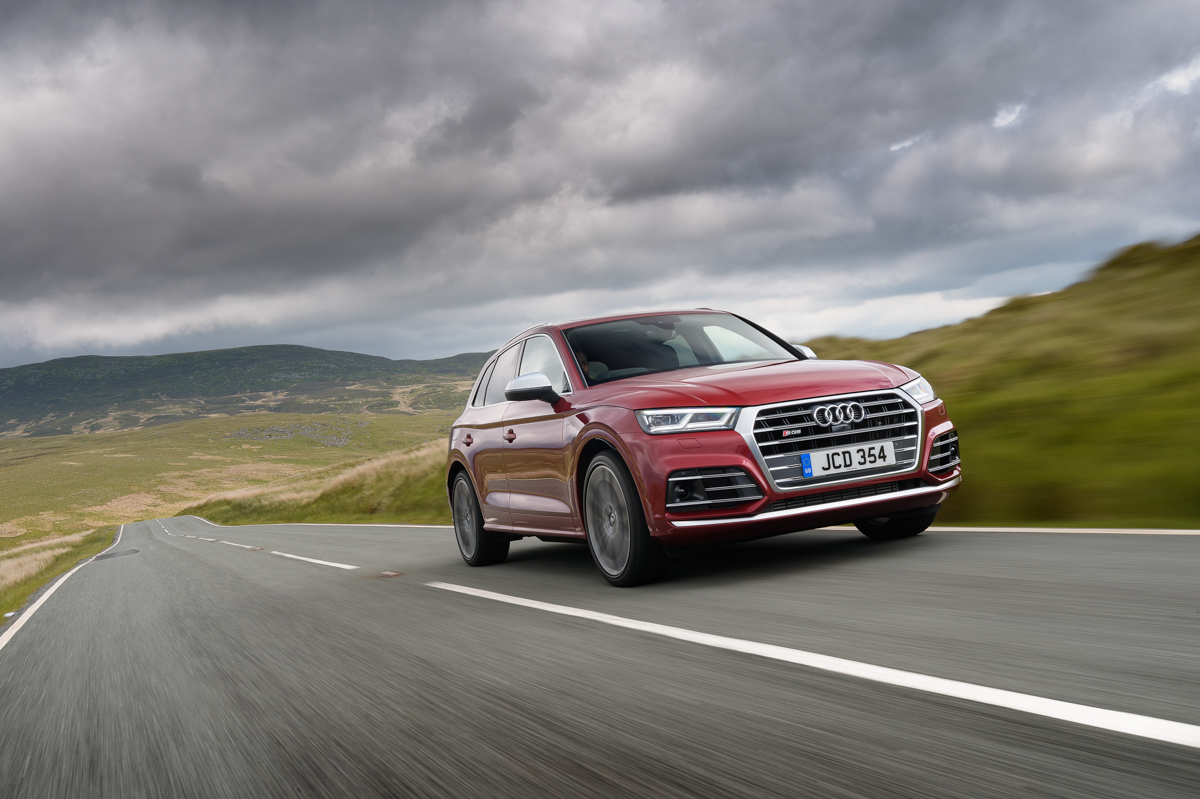 Four-Wheel Fun in The Audi SQ5 2