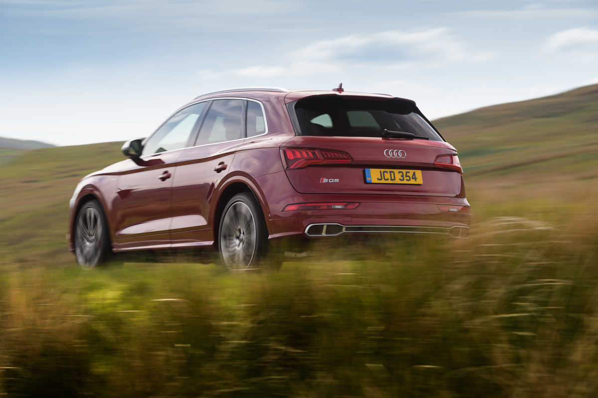 Four-Wheel Fun in The Audi SQ5 3