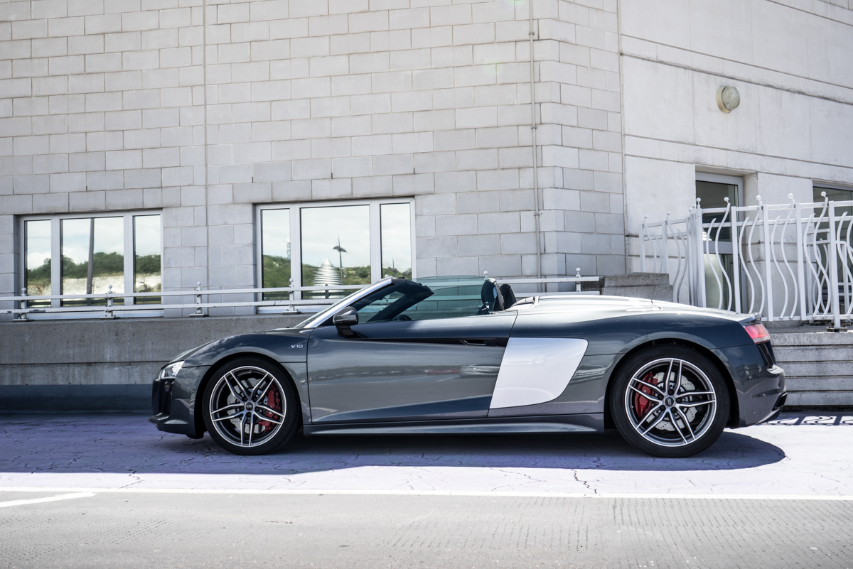 Daily Driving The Audi R8 Spyder 9