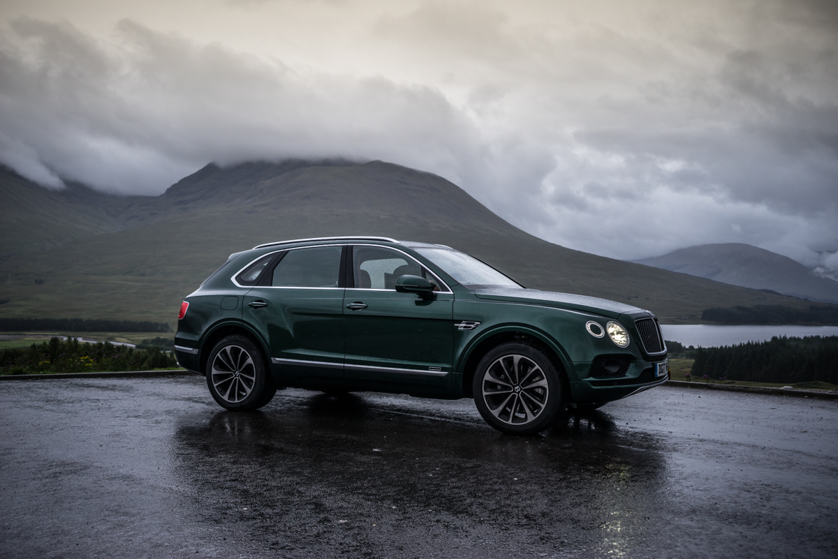 Highland Touring in The Bentley Bentayga Diesel 14