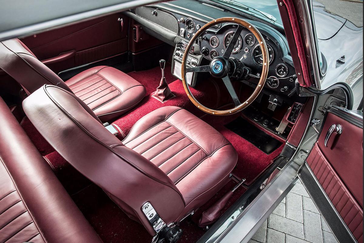 Paul McCartney's 1964er Aston Martin DB5 wird für $ 2 Mio. versteigert 3