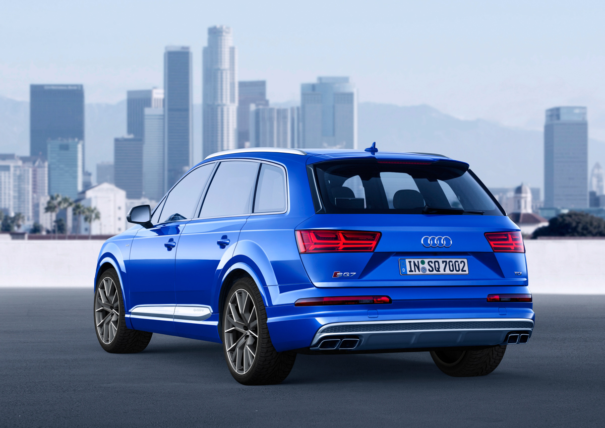 Premium SUV Feels With The Audi SQ7 4