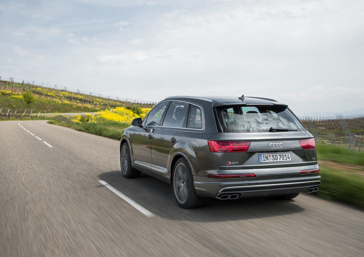 Premium SUV Feels With The Audi SQ7 7