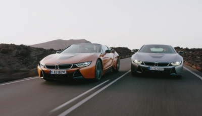 Der neue BMW i8 Roadster und das neue i8 Coupé