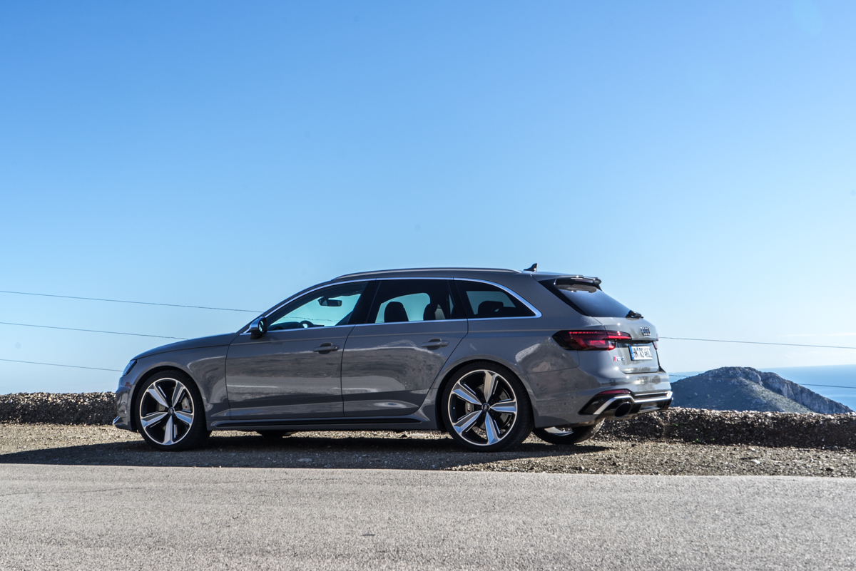 Touring Malaga With The New Audi RS4 Avant 11