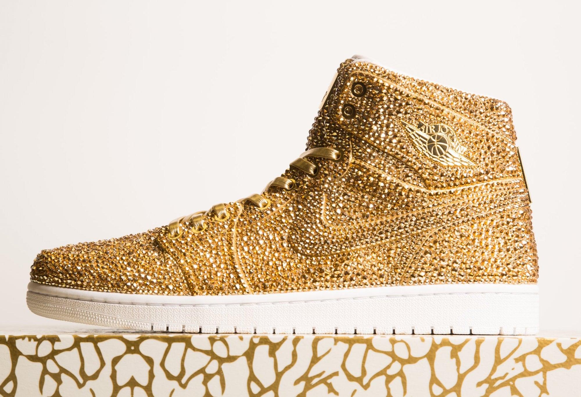 Daniel Jacob verziert Nike Air Jordans mit Swarovski Kristallen 3