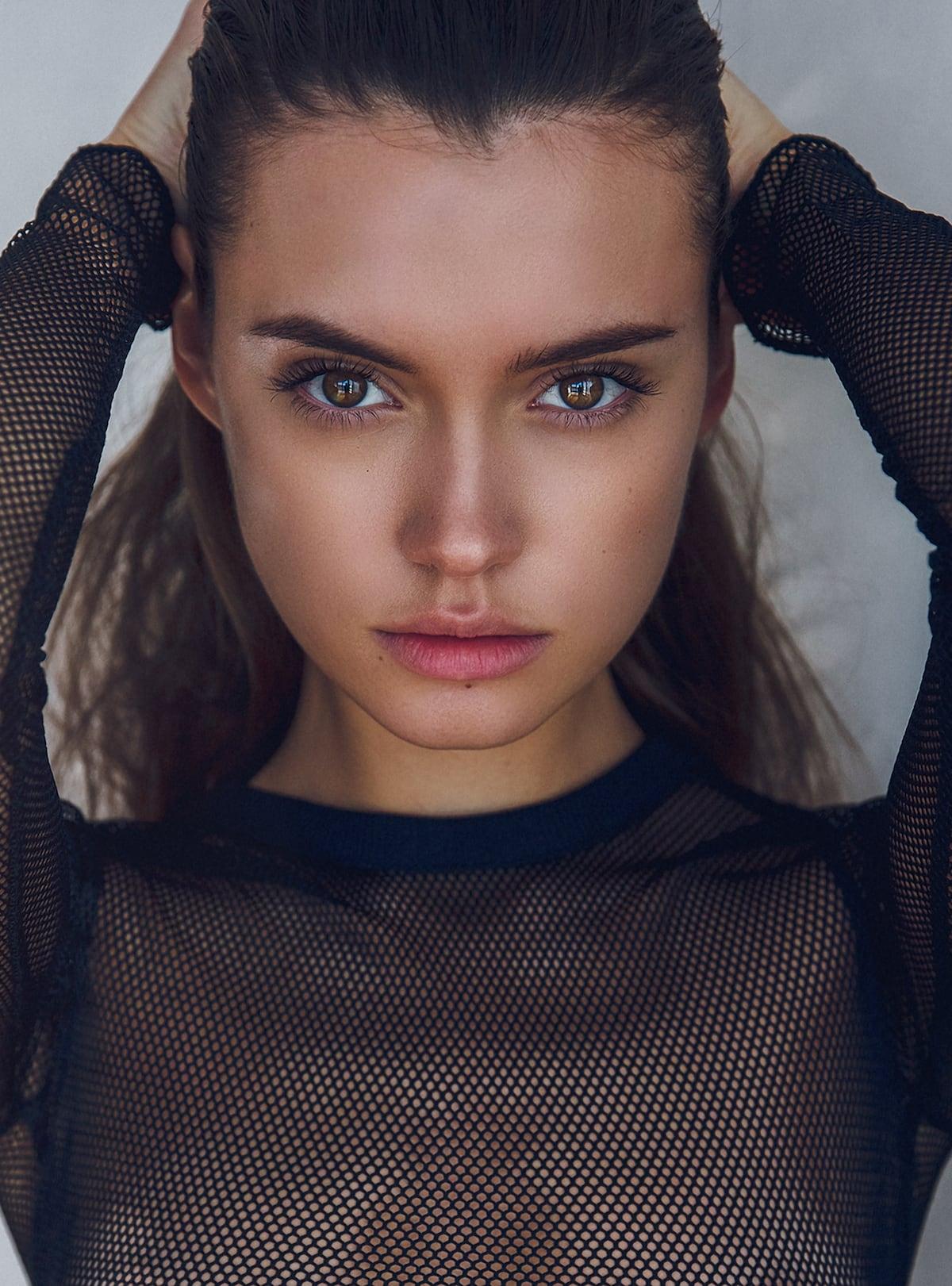 Russische Grazie: Katya Myasnikova by Victor Robertof 3