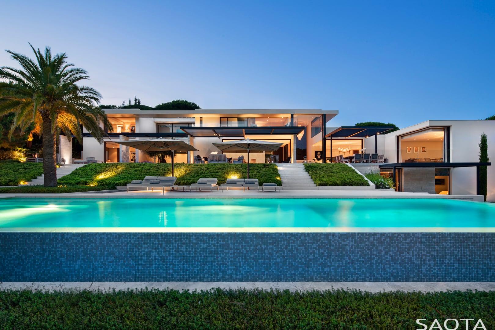 An der französischen Riviera: St. Tropez Residence by SAOTA 2