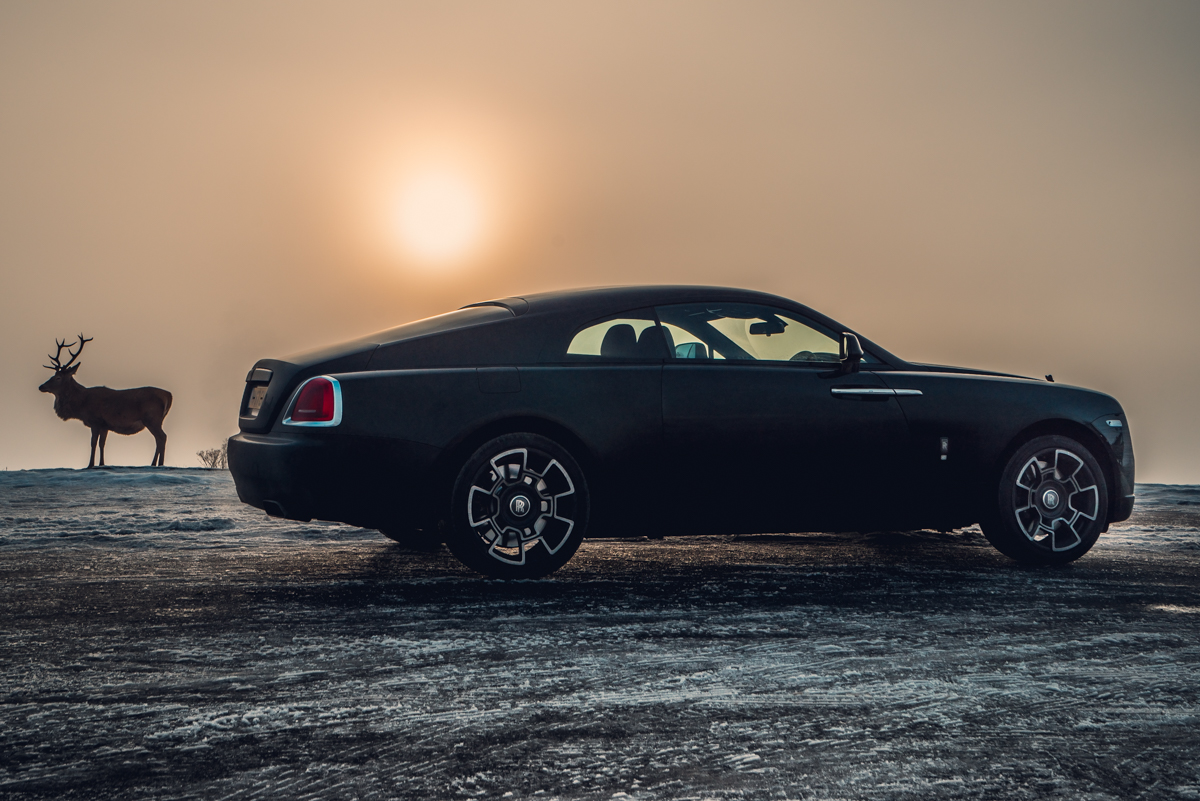 Touring With a Super GT. The Rolls-Royce Wraith Black Badge 1