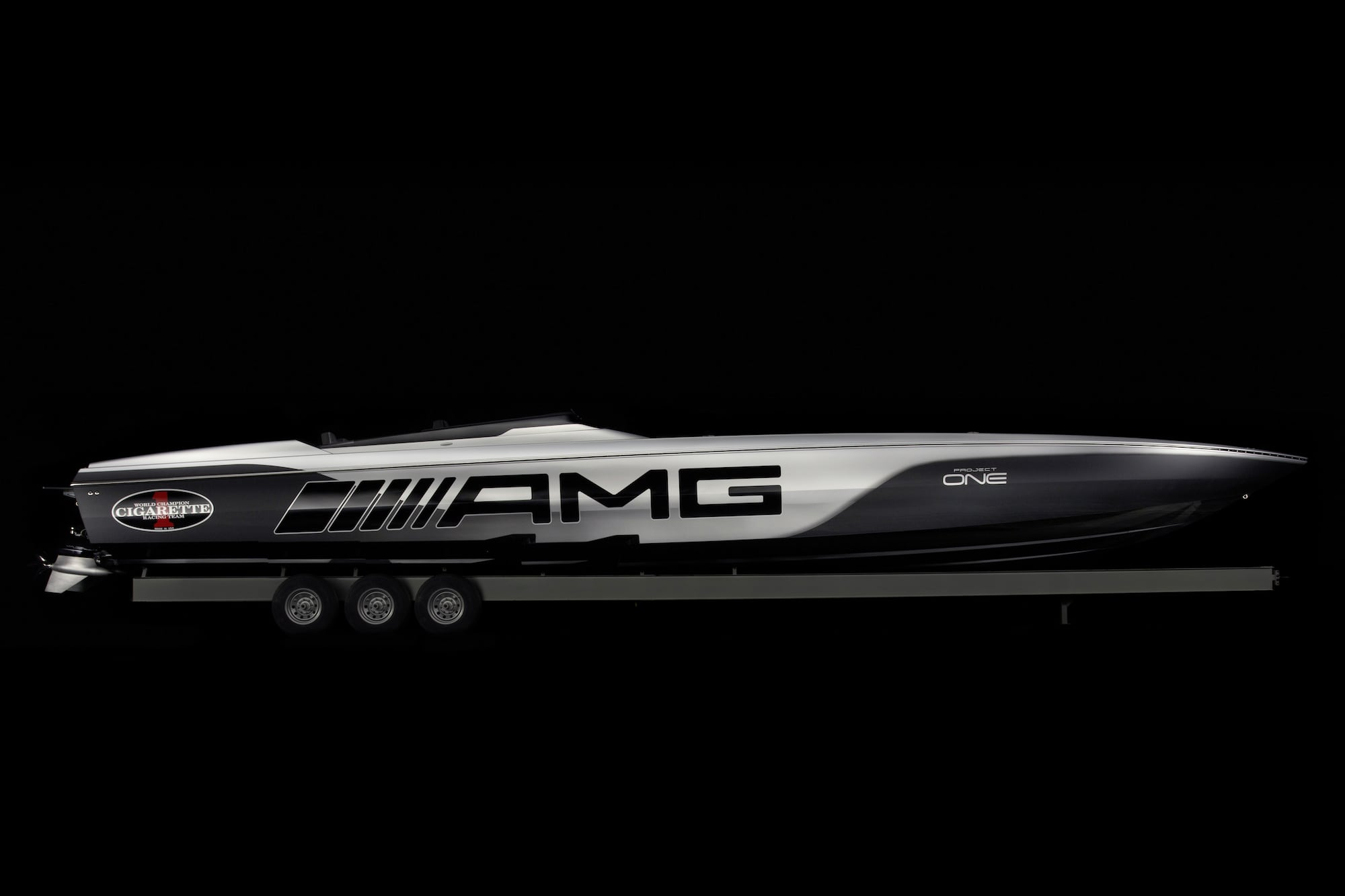 Cigarette Racing 515 Project ONE: The new performance benchmark on the water 3