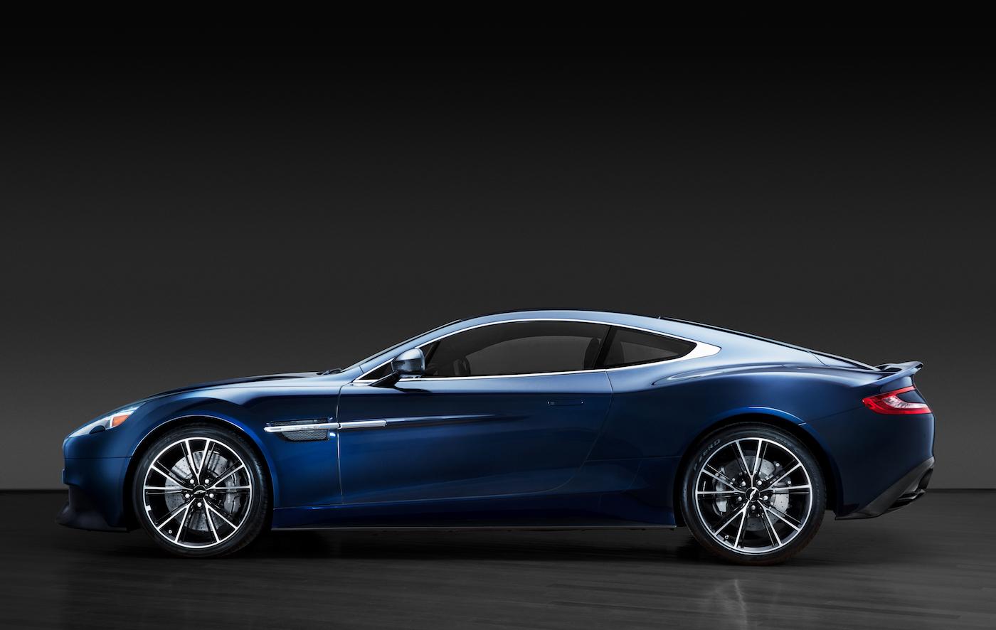 007: Daniel Craig's Aston Martin Vanquish wird in New York versteigert 1