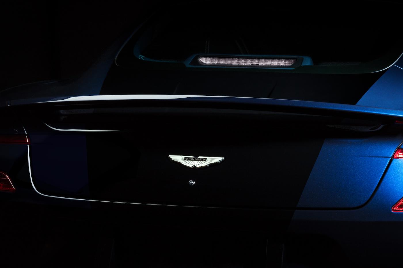 007: Daniel Craig's Aston Martin Vanquish wird in New York versteigert 5