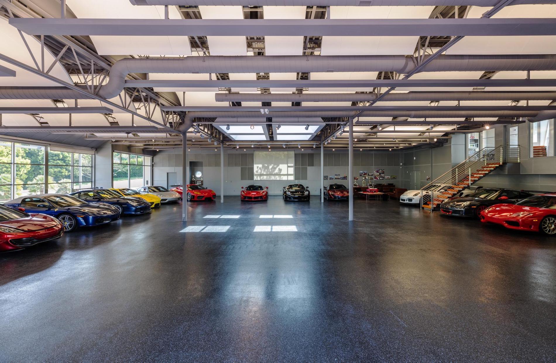 Eine Garage für $10 Millionen Dollar: Das private Automuseum in Malibu wird verkauft 3