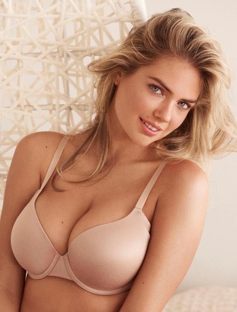 Confident Beauty: Kate Upton poses for the new Yamamay campaign 4