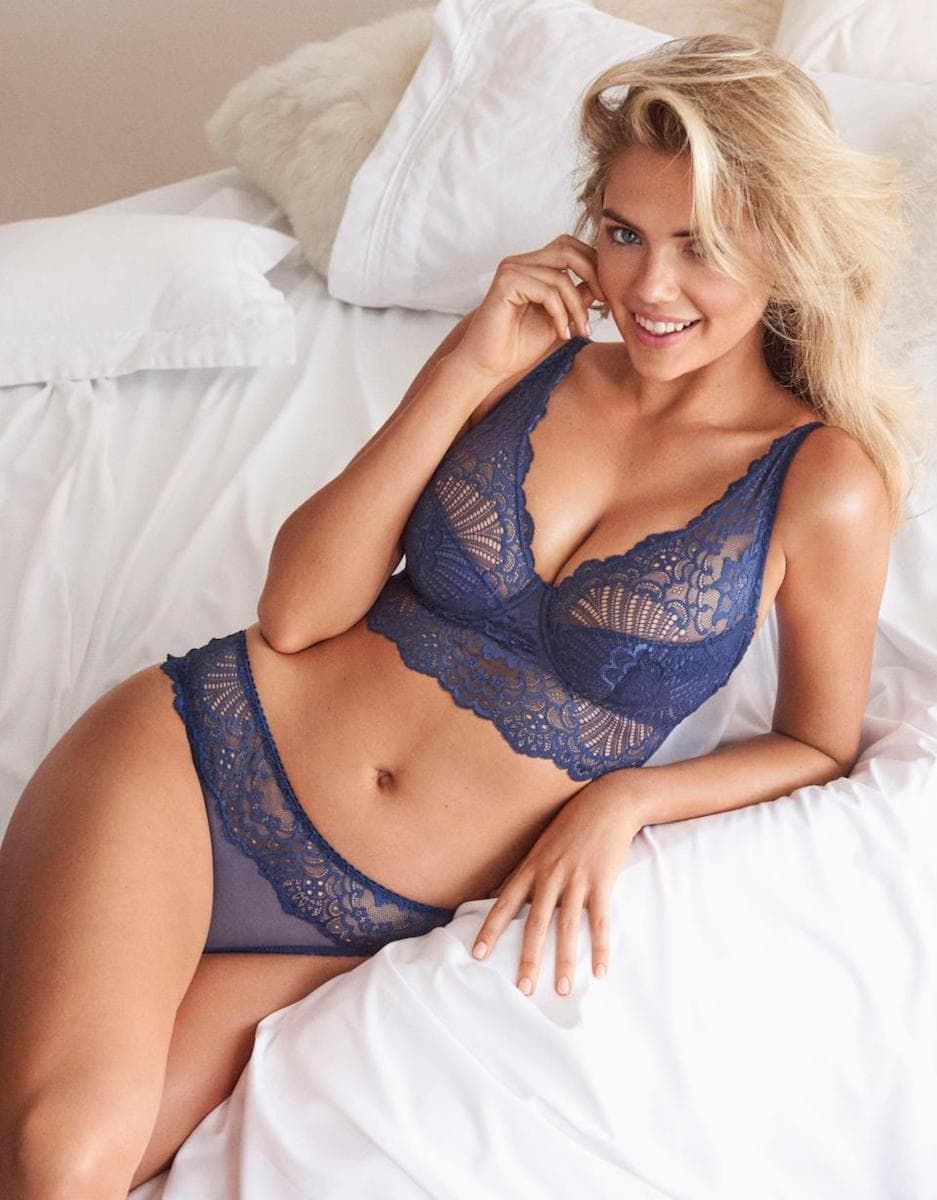 Confident Beauty: Kate Upton poses for the new Yamamay campaign 10