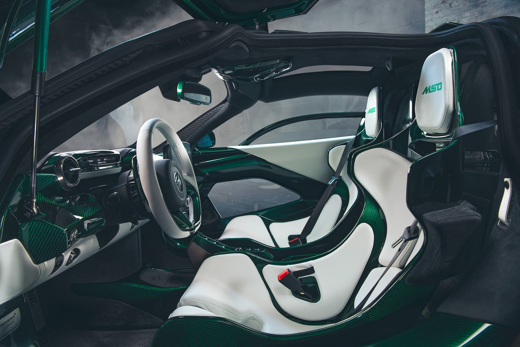McLaren Senna Emerald Green 04