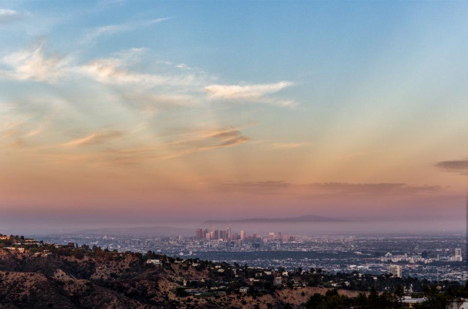 Wohnen auf dem Berg: Dieses Grundstück über Los Angeles kostet $1 Milliarde Dollar 5