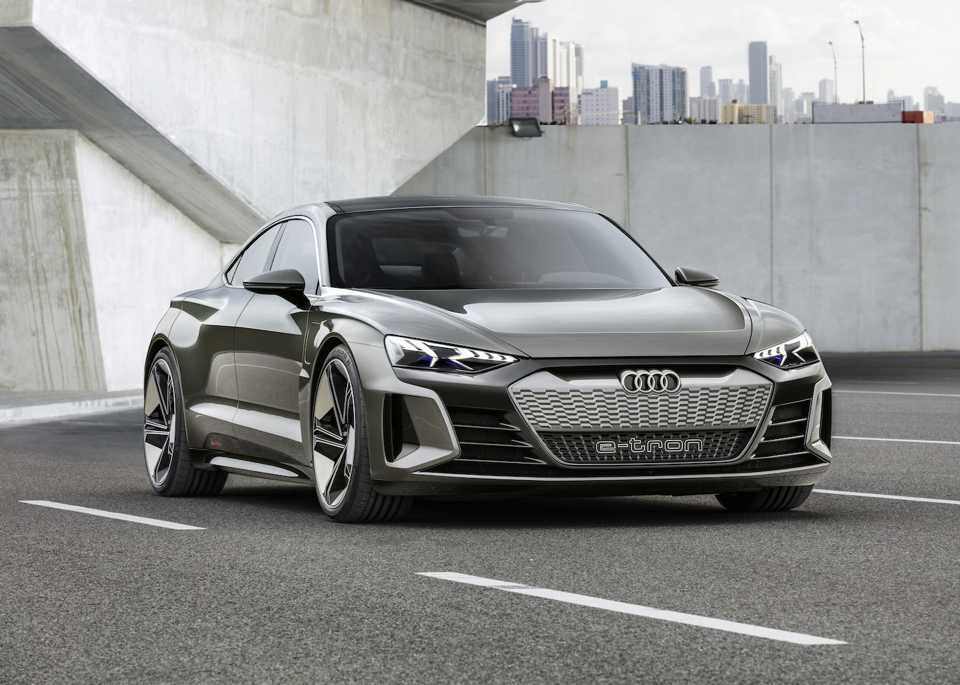 Audi introduces the e-tron GT concept: The all-electric 590 hp sedan 6