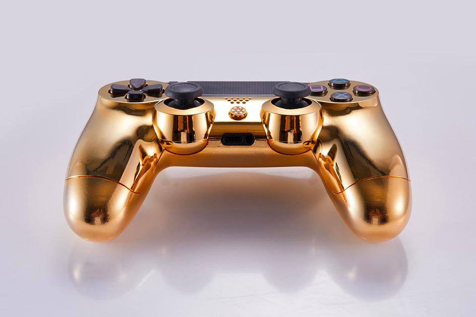 PlayStation 4: Dieser goldene Luxus-Controller kostet 14.000 Dollar 4