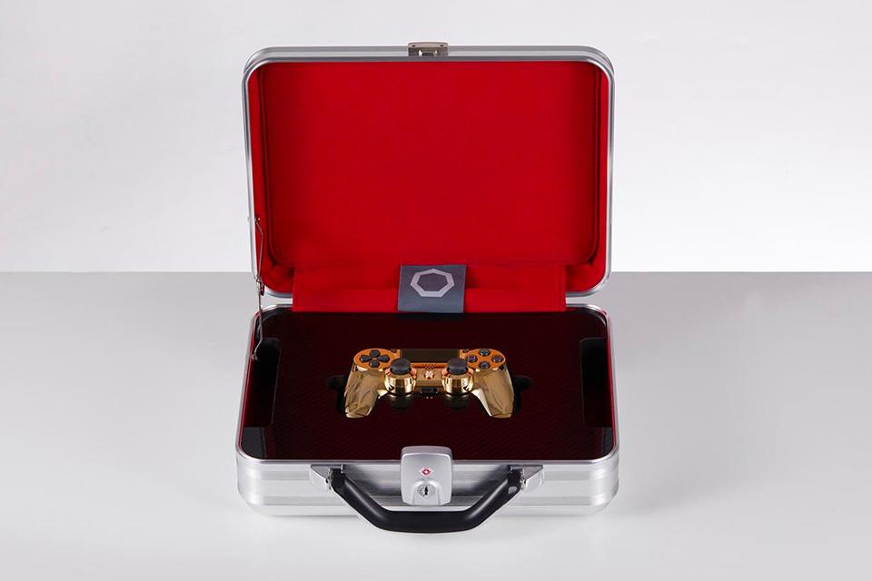 PlayStation 4: Dieser goldene Luxus-Controller kostet 14.000 Dollar 1