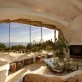 """Dieser Moderator baute sich ein """"Fred Feuerstein – Haus"""" in Malibu"""