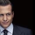 Suits & Karriere: Die 5 besten Business-Tipps von Harvey Specter