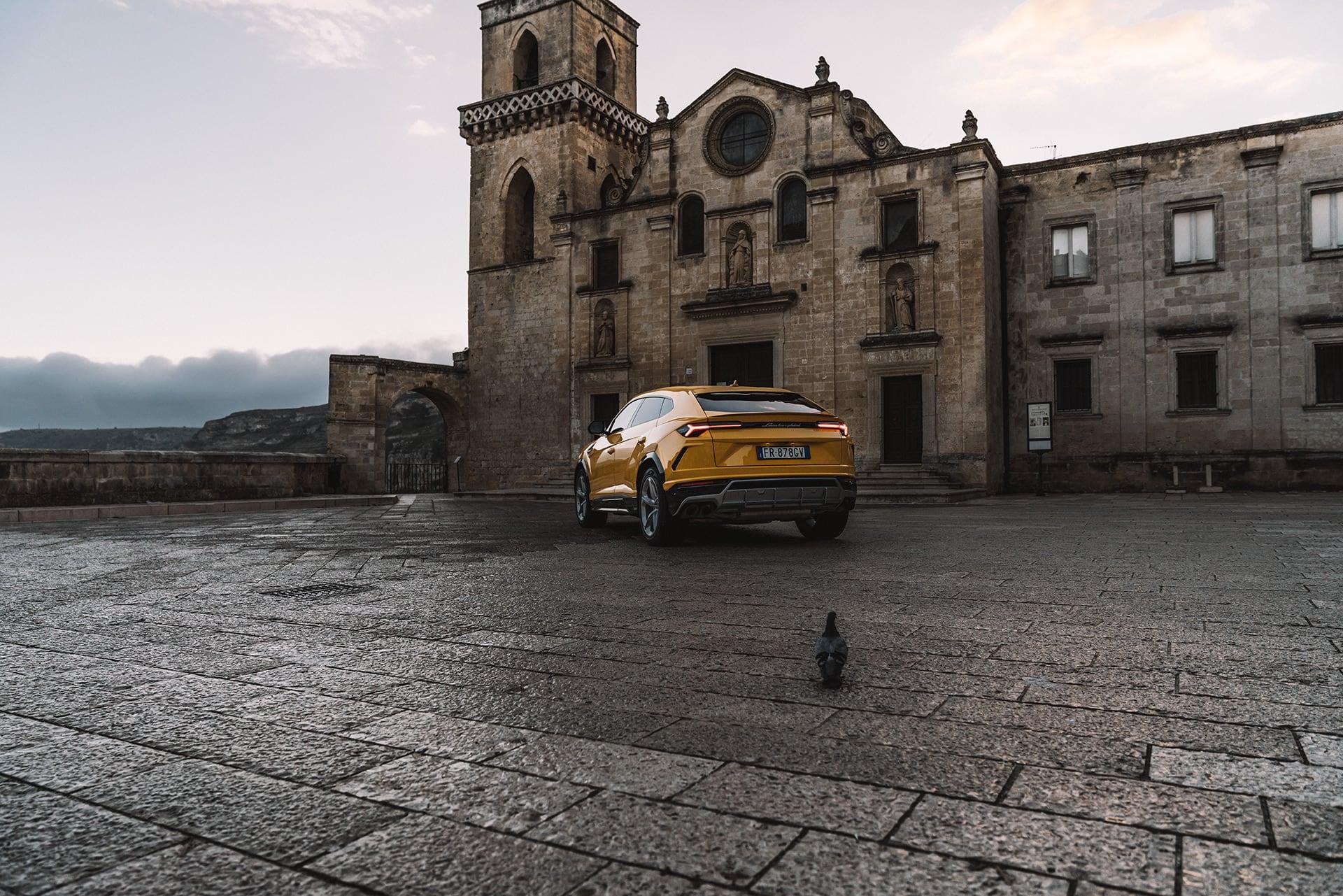Mit dem Lamborghini Urus durch die wiederentdeckte Stadt Matera 9