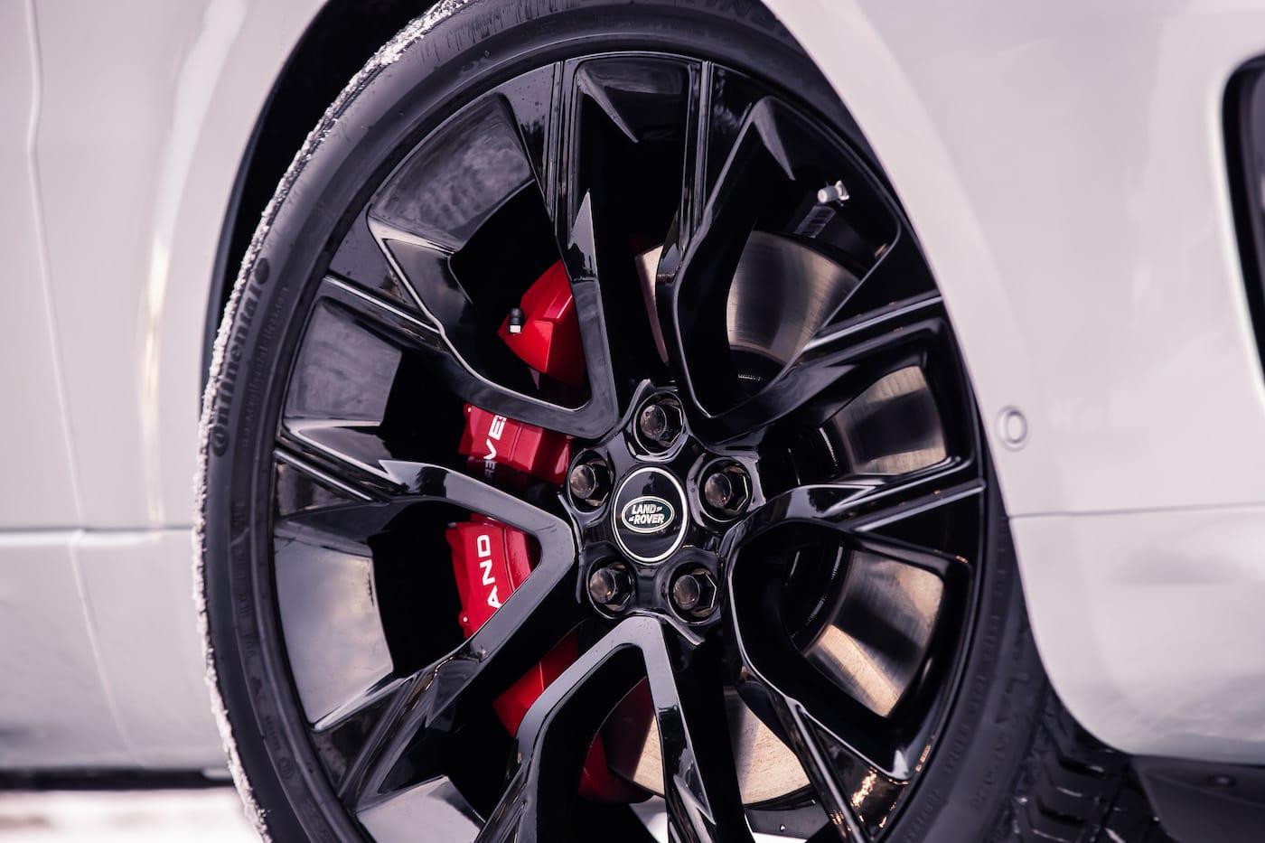 Effizienter Luxus: Das Range Rover Sport HST Sondermodell 6