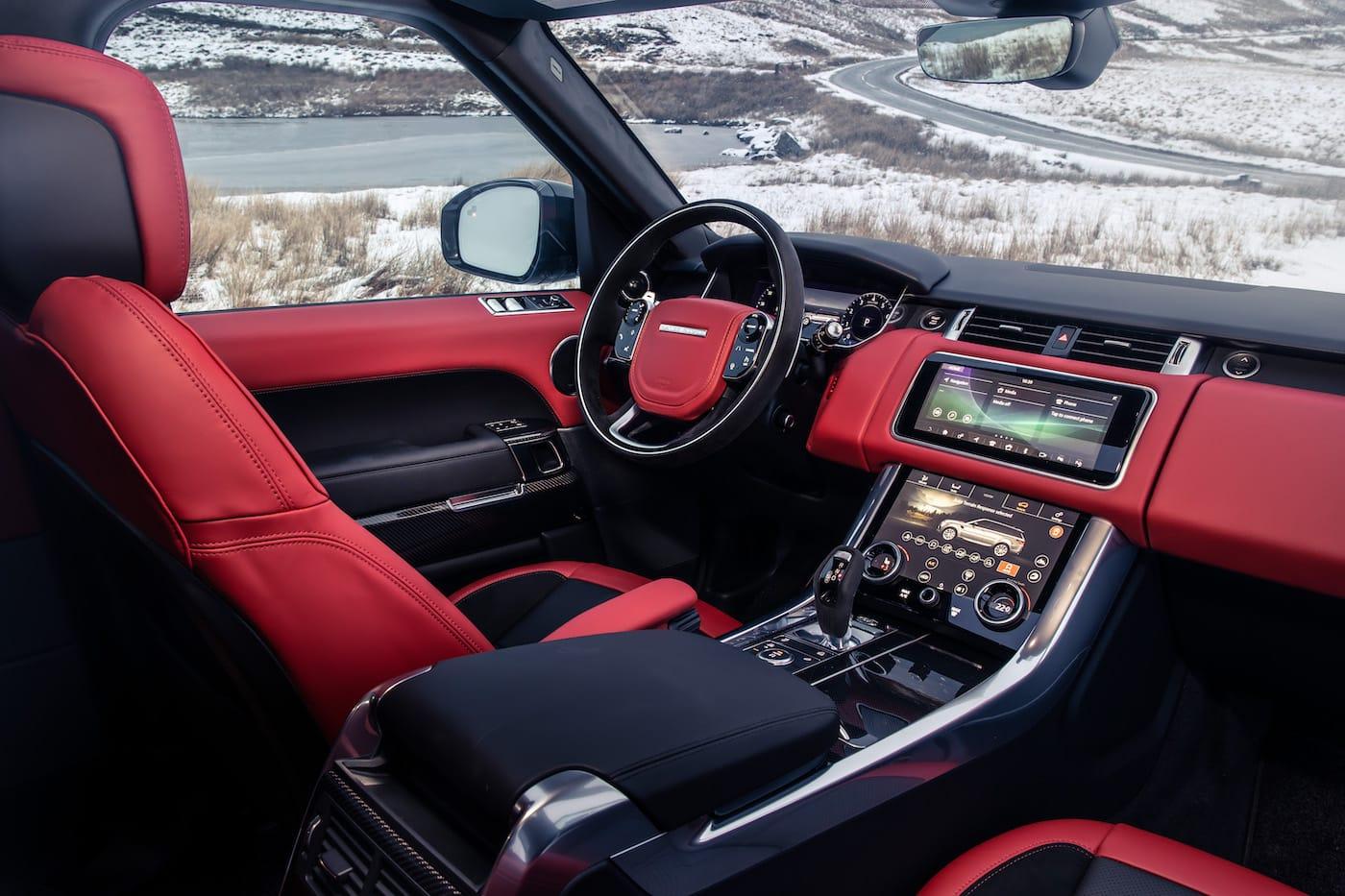 Effizienter Luxus: Das Range Rover Sport HST Sondermodell 8