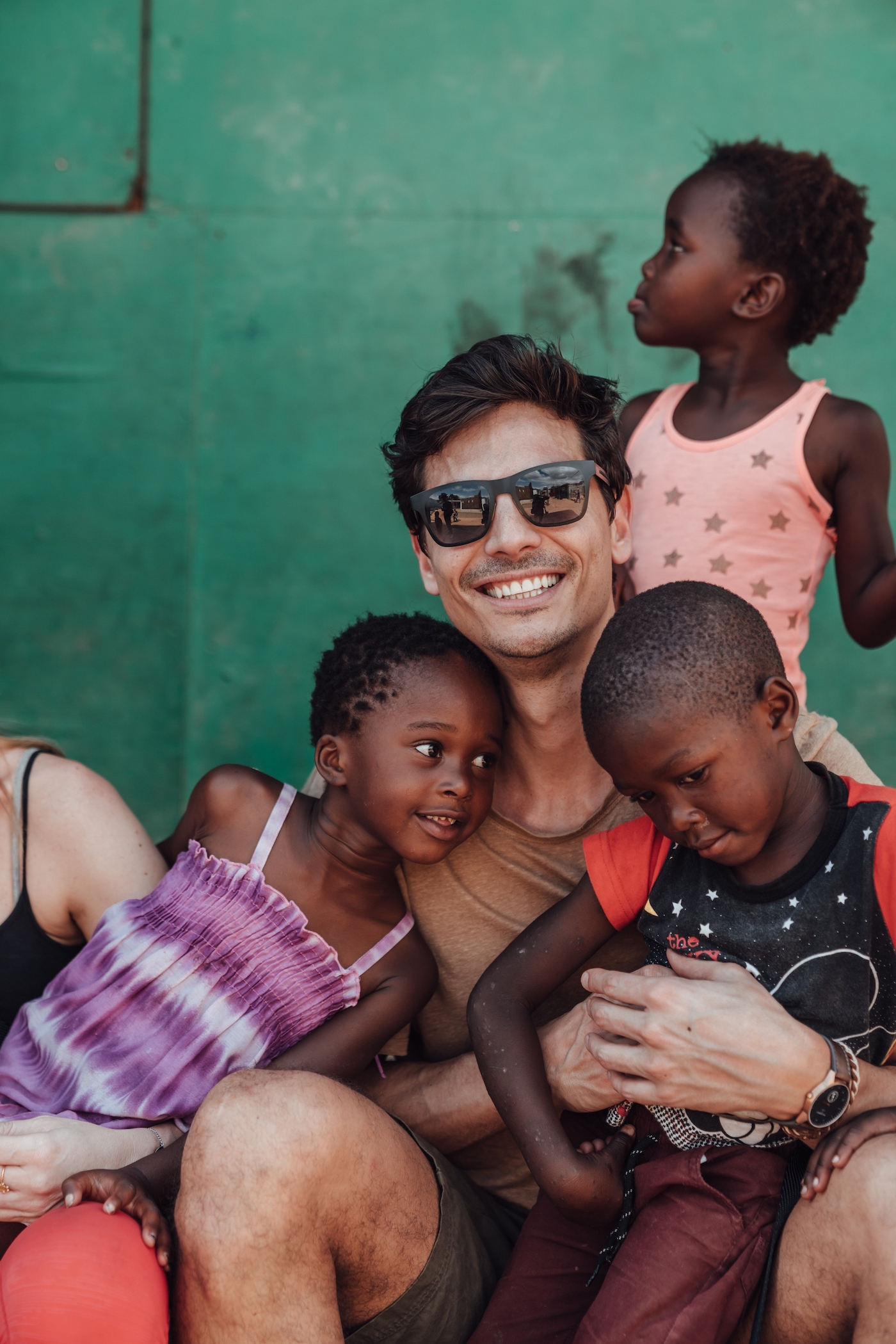 Clean Water for Langrug: How Influencers are Helping Charities to Make a Difference 12