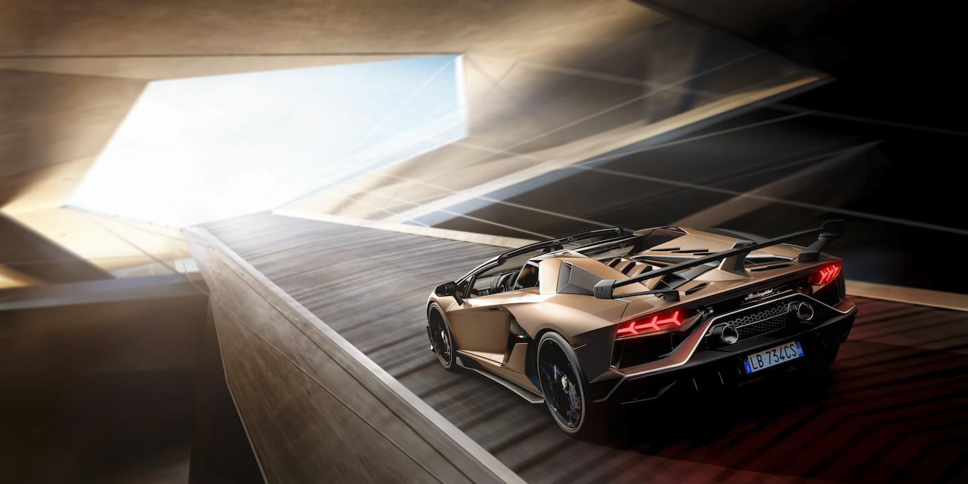 Oben ohne mit 350 km/h: Lamborghini präsentiert den Aventador SVJ Roadster in Genf 8
