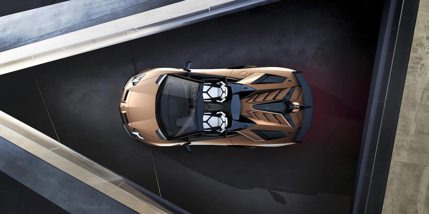 Oben ohne mit 350 km/h: Lamborghini präsentiert den Aventador SVJ Roadster in Genf 10