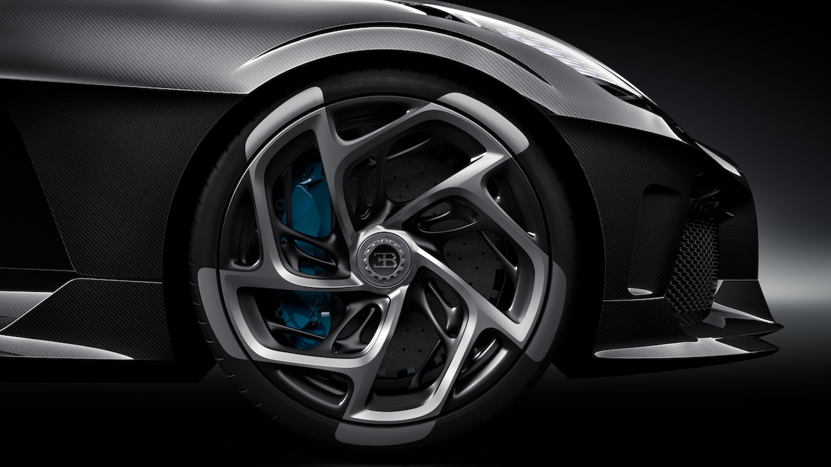 Cristiano Ronaldo hat heimlich das teuerste Auto der Welt gekauft: Einen Bugatti La Voiture Noire für 12,5 Millionen US-Dollar 9