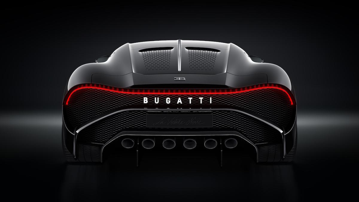Cristiano Ronaldo hat heimlich das teuerste Auto der Welt gekauft: Einen Bugatti La Voiture Noire für 12,5 Millionen US-Dollar 16