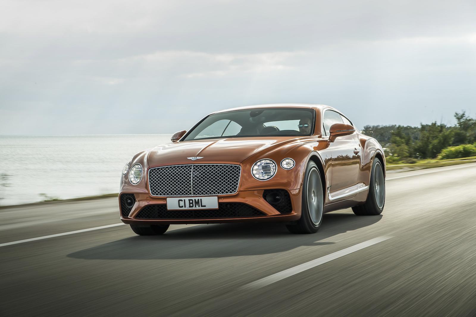 Elegant und handgefertigt: Der neue Bentley GT V8 Convertible und Continental GT V8 8