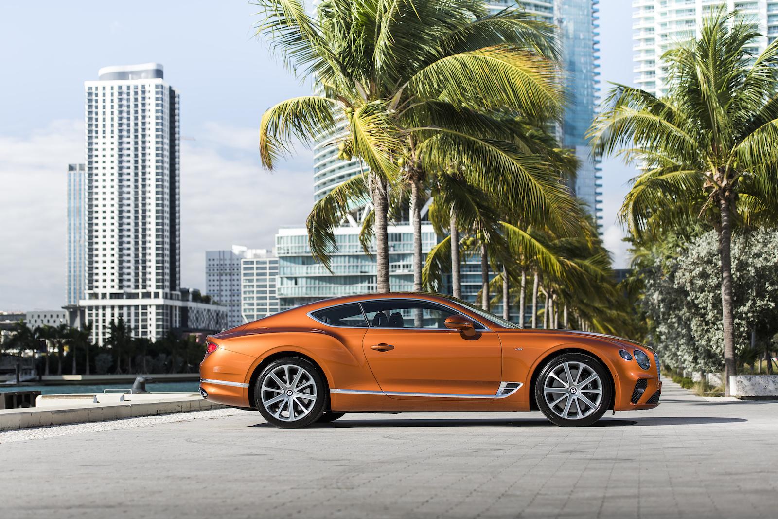 Elegant und handgefertigt: Der neue Bentley GT V8 Convertible und Continental GT V8 14