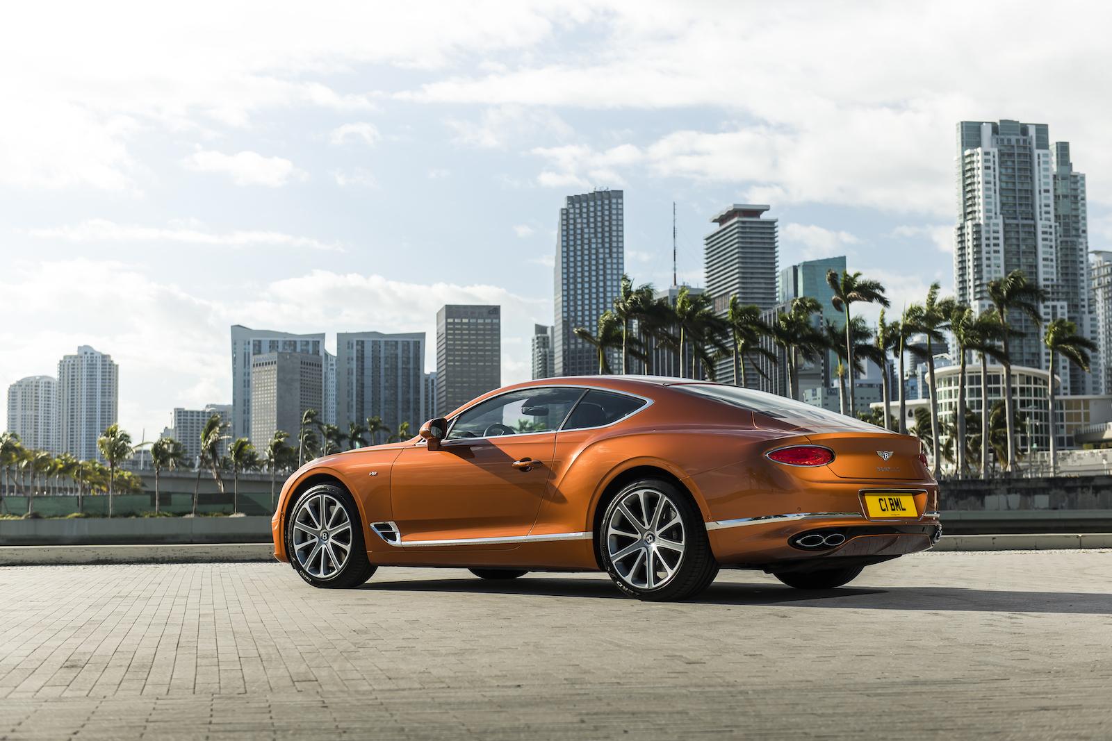 Elegant und handgefertigt: Der neue Bentley GT V8 Convertible und Continental GT V8 11