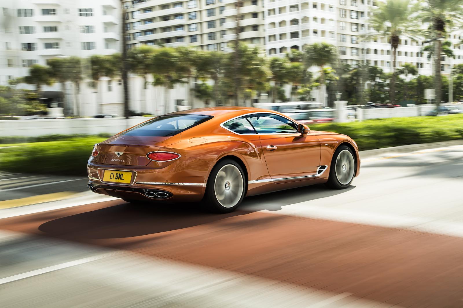 Elegant und handgefertigt: Der neue Bentley GT V8 Convertible und Continental GT V8 4