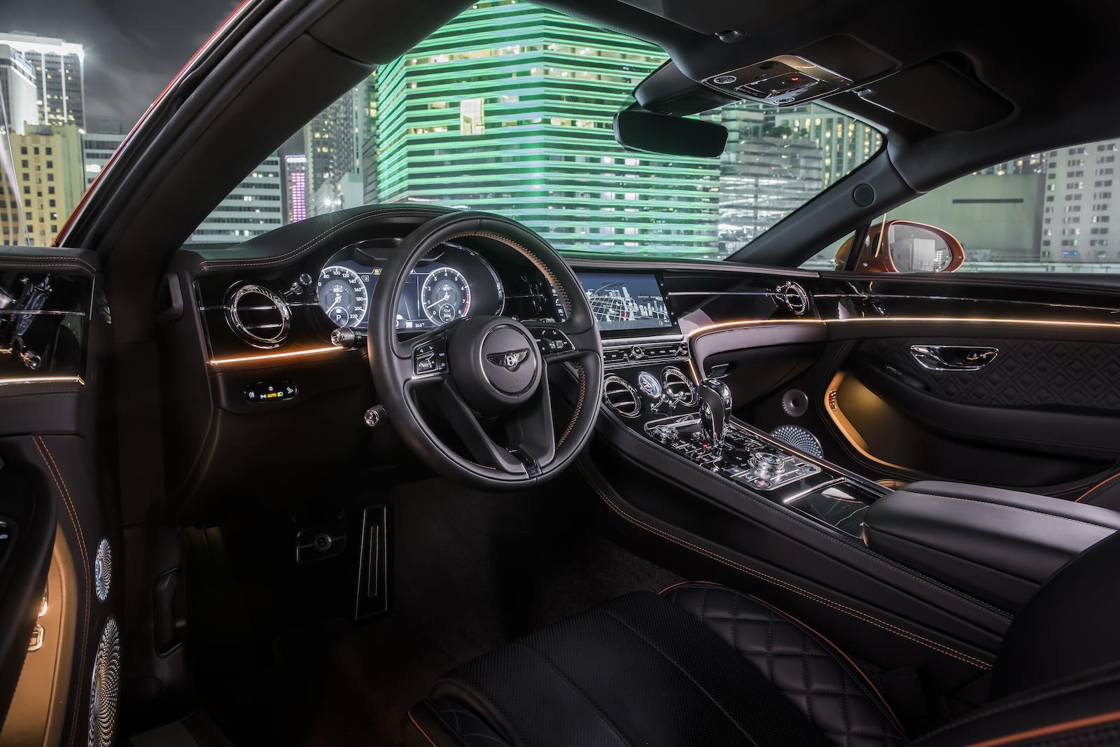 Elegant und handgefertigt: Der neue Bentley GT V8 Convertible und Continental GT V8 3