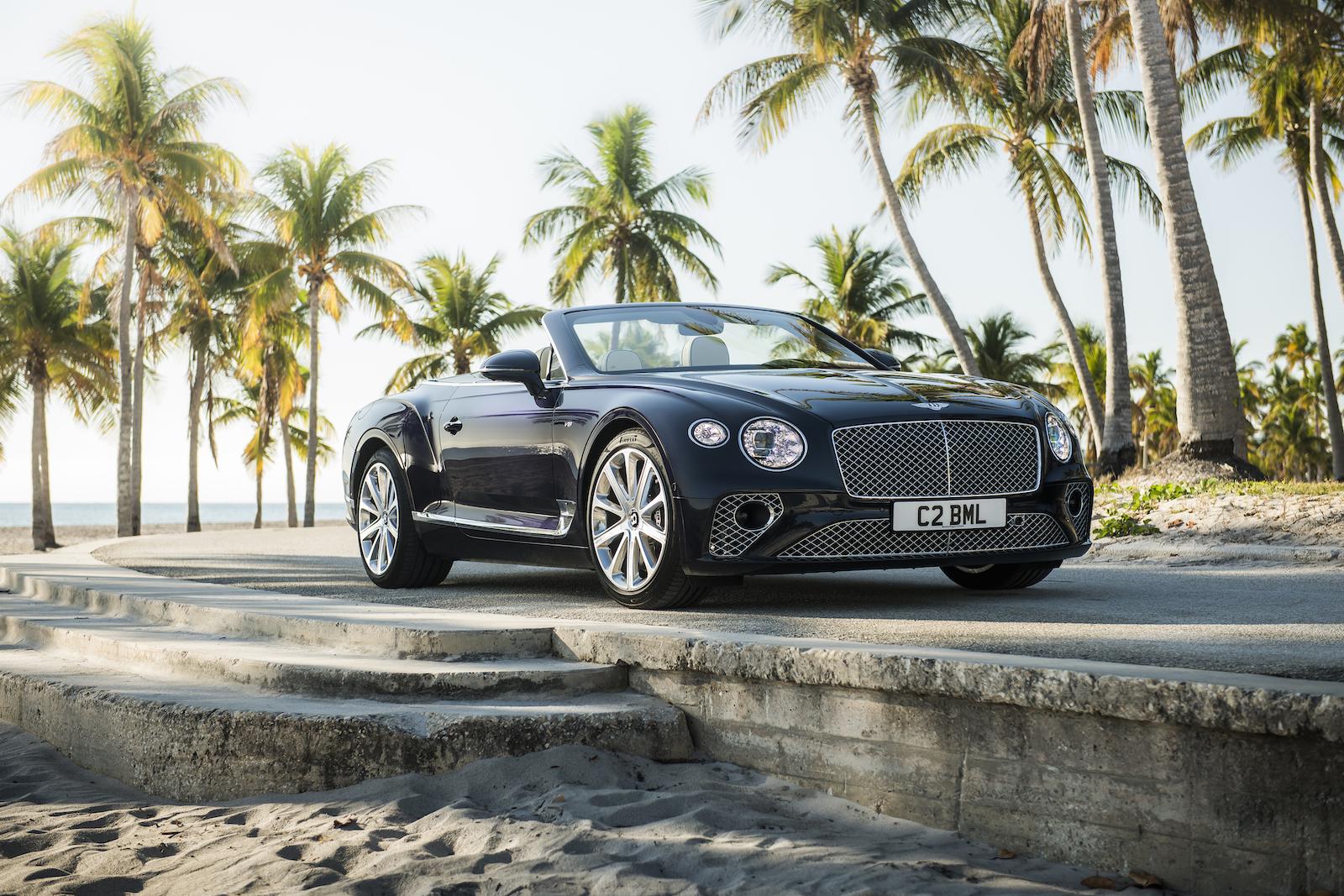 Elegant und handgefertigt: Der neue Bentley GT V8 Convertible und Continental GT V8 16