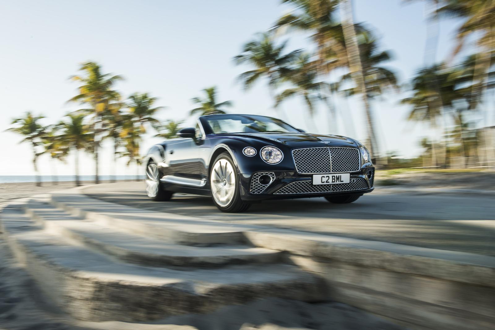 Elegant und handgefertigt: Der neue Bentley GT V8 Convertible und Continental GT V8 17